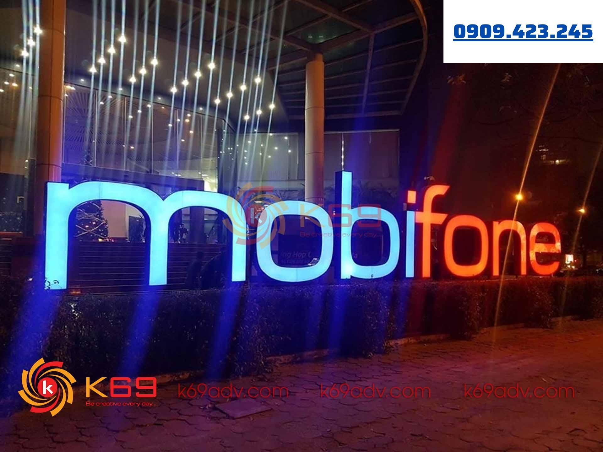Làm bảng hiệu quảng cáo tập đoàn viễn thông mobifone tại k69adv